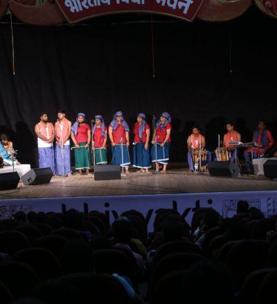 Naadanpatu's Gujarataayan